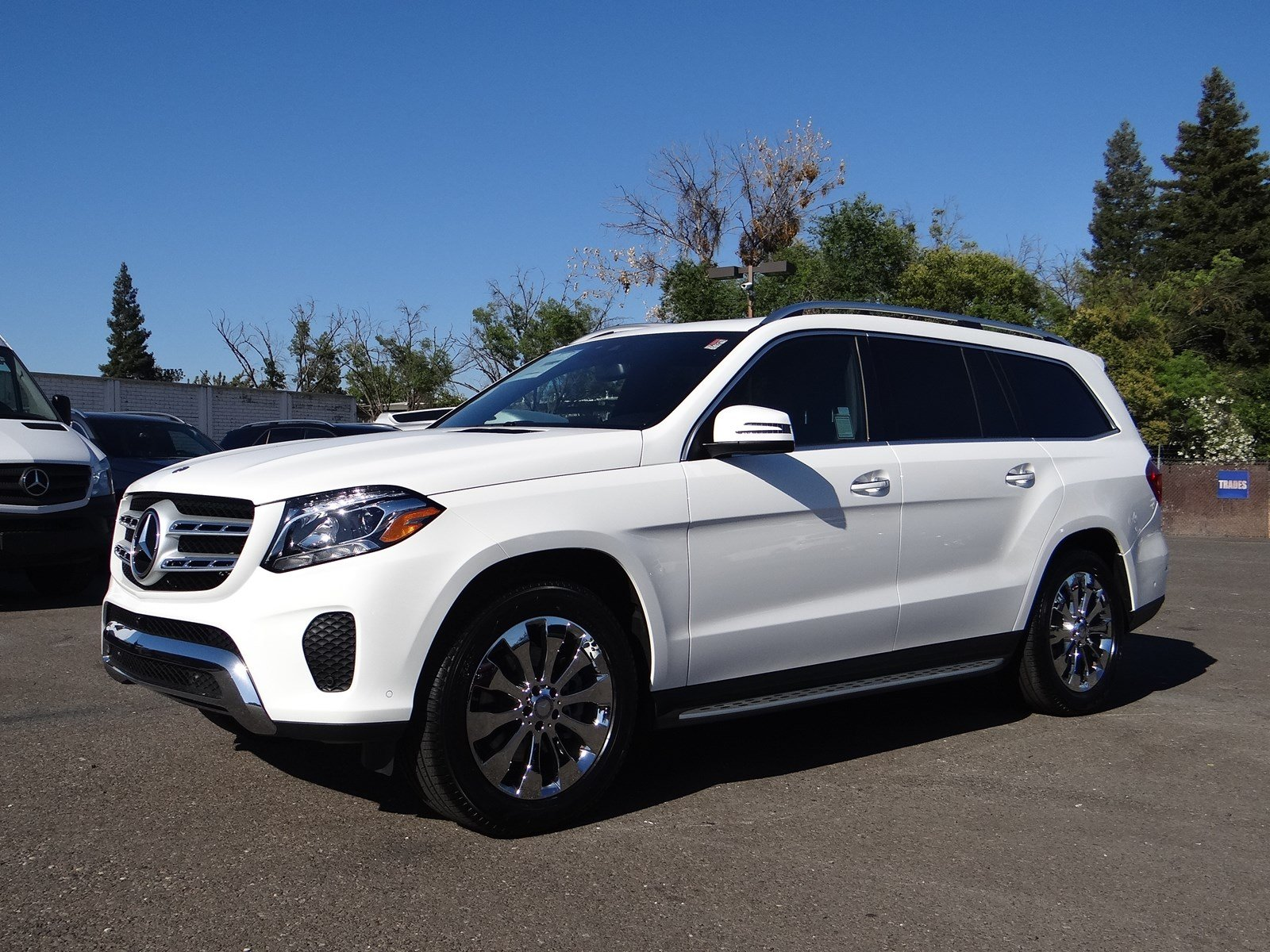 New 2017 mercedes benz gls gls 450 suv in sacramento for 2017 mercedes benz gls 450